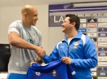 Lirfl, Parisse ha ricevuto la maglia della Nazionale di rugby a 13